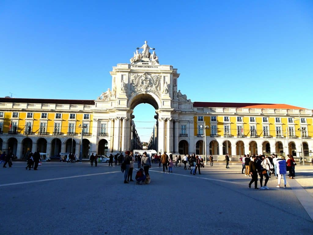 Best Places to Visit in 2020 As a Solo Traveler: Lisbon